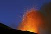 Вулкан Этна вновь зашевелился