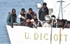 Споры в правительстве после спасения мигрантов судном итальянской береговой охра
