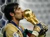 Джанлуиджи Буффон назван самым любимым футболистом в Италии за последние 50 лет