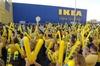 Итальянские работники одно из филиалов IKEA бастуют из-за того, что их начальств