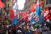 В Таранто прошла манифестация рабочих завода ILVA