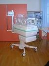 Новейший инкубатор для новорожденных для больницы во Флоренции