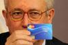 Итальянское правительство выдаст малоимущим социальные пластиковые карты