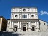 Землетрясение в Аквила: символ города - базилика Сан-Бернардино - отреставрирова