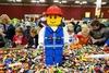 Анималисты протестуют против конструкторов «Lego»