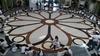 Студенты Верчелли воссоздали витраж главной базилики города из зернышек риса
