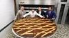 Кондитеры Неаполя установили рекорд Гиннеса, приготовив самый огромный пирог