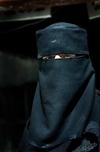 Женщина в никабе остановлена охранником музея, управляющий извинился за ошибку