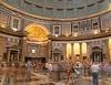 Итальянская бюрократия против искусства: римские туристы негодуют из-за прерванн