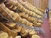 Пострадавший от землетрясения сыр оказался очень востребован покупателями