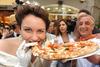 Сколько пиццы съедают итальянцы?