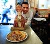 В Неаполе появилась пицца в кредит