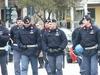 61% полицейских получают зарплату не выше 1200 евро в месяц.