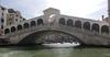 """В историческом центре Венеции запретили продавать одежду """"low cost"""" и сувениры """""""