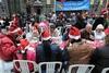 В Неаполе рождественским обедом накормили тысячу человек