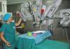 Операцию по пересадке печени проводит робот