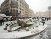 Рим завалило снегом после 25 лет