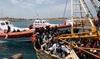 Итальянская береговая охрана спасла 300 иммигрантов, но около 100 погибли в пути