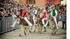 Знаменитые ослиные бега Palio dei somari проходят в Торрита-ди-Сиена