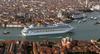Премьер-министр Италии подписал закон, который запрещает прохождение лайнеров по