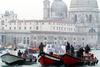 Венеция остановится на один день, борясь со смогом