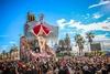 Маттео Ренци, Меркель и Папа Франческо - герои Карнавала Виареджо 2015