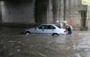 Проливные дожди в Италии: в туннеле утонула женщина