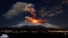 Извержение Этны: черный пепел покрыл улицы Мессины