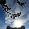 """От """"Облезлой"""" до """"Обломанной"""": в Рим прибыла рождественская ель и она уже не нра"""