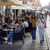 Коронавирус и развлечения: в Италии ужесточен контроль в первые выходные после к