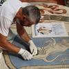 К 150-летию миланской Галереи отреставрирован бык в мозаике, приносящий удачу