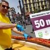 В Неаполе приготовили рекордную брускетту длиной 52,5 метра!