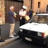 В Риме полиция остановила пенсионера за рулем без автомобильной страховки и с 76