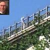 В Абруццо итальянский бизнесмен столкнул дочь с виадука автошоссе и совершил сам