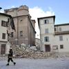 В Италии оживленную полемику вызвала политика мэрии разрушенного землетрясением