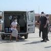 Мигранты, регулярная репатриация нелегалов в Тунис возобновится с 10 августа