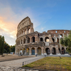 В Риме турист отбил кусок камня от Колизея и попытался унести его, спрятав в кар
