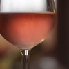 Потребление малого количества алкоголя помогает лучше говорить на иностранных яз