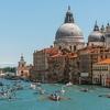 """В Венеции сегодня состоится красочная регата """"Вогалонга"""""""