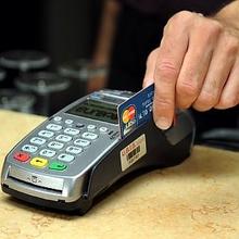 Милан: официант ресторана, расположенного в квартале Брера, клонировал кредитные