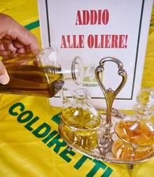 До свидания, стеклянные сосуды для подачи разливного оливкового масла