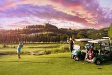 Кастельфальфи: борго завораживающей красоты, где природа встречает историю и... гольф