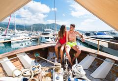 """Ночь на яхте: в Италии появился Airbnb, предлагающий """"люксы"""" на плаву"""