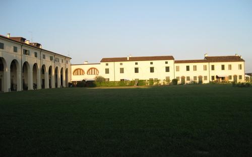 foto_principale_le_residenze_del_parco_di_palazzo_moneta.jpg