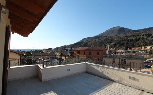 mansarda_app.10_panoramica_da_terrazza_21.jpg