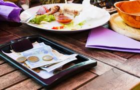 Права потребителей в Италии: что произойдет если клиент не оплатит счет в рестор