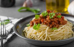 Кто приготовил первые в истории спагетти?
