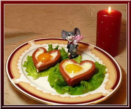 Креативный ужин или завтрак! (яйца в сосиске)