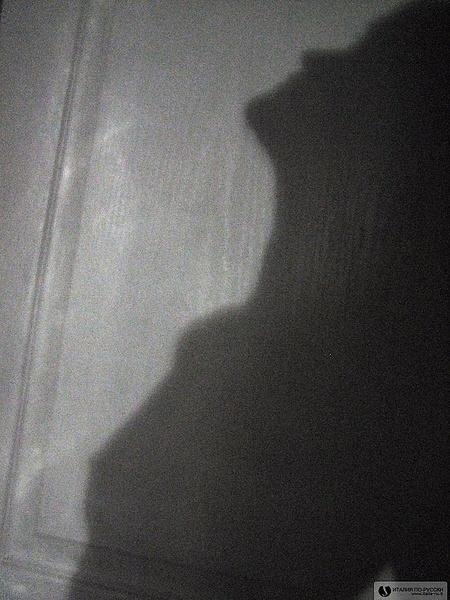 За нами следуют тени...