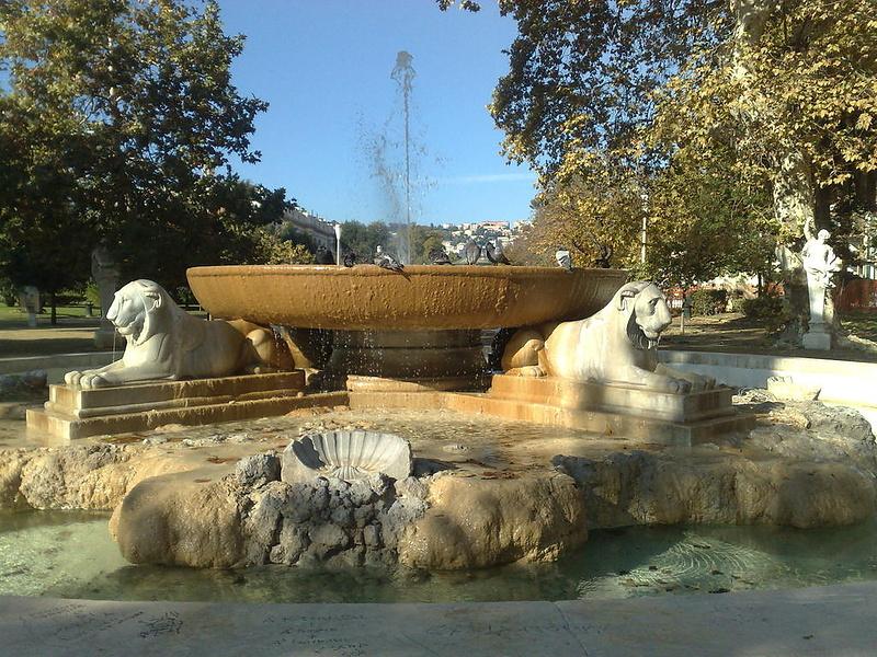 Львиный фонтан